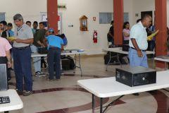 Estudiantes de la FISC Veraguas participan en Concurso de ensamblaje de  computadoras.