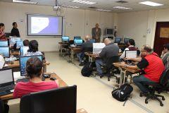 Docentes , investigadores y administrativos participan del Tercer Ciclo de Conferencia del I+D+I.