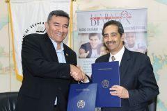 UTP firma Convenio con la Fundación DEVEAUX.