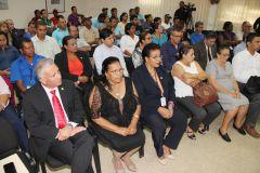 Participantes en el Conversatorio.