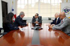 Rector, Ing. Héctor Montemayor, recibe la visita del Embajador de Italia, Marcelo Apicella.