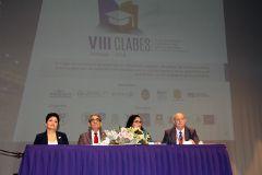 La Vicerrectora Académica de la UTP, el Rector de la UTP, la Secretaria General del MEDUCA y el Presidente del Comité Internacional de CLABES.