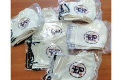 Mascarillas de tela con logo de la UTP.