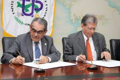 La firma de un Convenio Marco de Colaboración fue suscrito entre la UTP y Aeronáutica Civil.