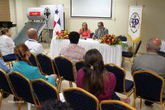Realizan reunión para reactivar la Asociación de Egresados de la UTP.