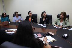 Autoridades de la UTP intercambian los programas educativos con miembros de las universidad de Cuba.