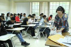 Estudiantes realizan la Prueba de Aptitudes Académicas para el período académico 2018-2019.