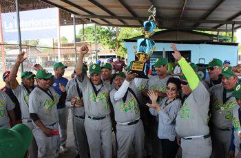 Centro Regional de Panamá Oeste - Equipo Campeón Softbol UTP 2018