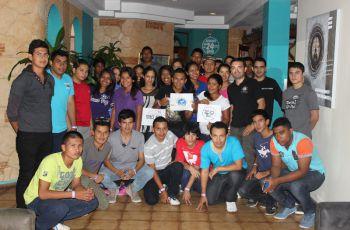 Grupo de estudiantes que participaron del Nasa Space App Challenge.