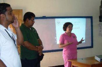 Colaboradores del SIU de Bocas del Toro durante las sesiones informativas.