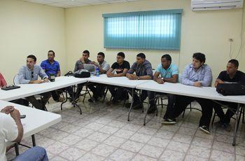 Miembros del Proyecto HECAS en reunión de trabajo.