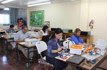 Docentes de la FISC - Azuero participan en Seminario - Taller.