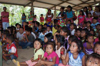 Niños y niñas de Ipetí participaron de esta actividad.