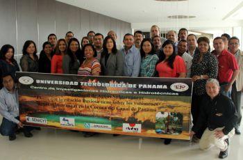 Participantes del Primer Foro Internacional de Aguas Subterráneas.