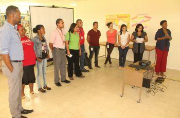Charla conversatorio sobre VIH sida en UTP Colón.
