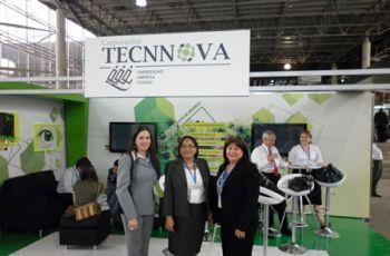 Las investigadoras en el Tecnnova, de Medellín, Colombia.