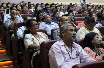 En este Cuarto Congreso participan más de 400 estudiantes.