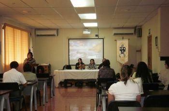 Docentes, Administrativos del Centro, además los Orientadores de la provincia