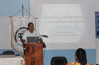 Licda. Roxana Rodríguez, Relacionista Pública del SIACAP.