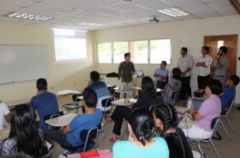 Expositores y Asistentes de la II Jornada de Investigación 2014.