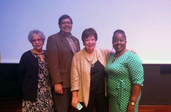Profesores de la Unidad de Investigación de FISC participaron en Foro Sobre Cultura e Innovación.