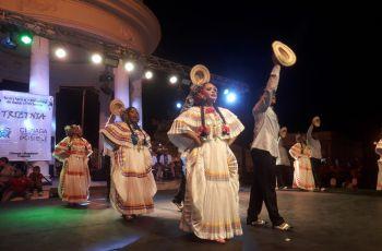Gira Folklórica en Colombia.