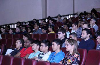 Estudiantes de la UTP participan en la Conferencia Internacional CLAWAR 2018 – Panamá.