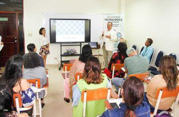 El Dr. Gustavo Santamaría, especialista de la Caja de Seguro Social, ofrece una charla en la Clínica In SITU - UTP para apoyar la discapacidad.