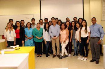 Diez y seis estudiantes de la Universidad del Pacífico de Perú, participaron en Misión Académica en la Facultad de Ingeniería Industrial de la Universidad Tecnológica de Panamá.