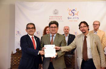 Firmaron el Convenio, el Rector de la UTP, Ing. Héctor M. Montemayor A. y el Rector de la Universidad de Salamanca, Dr. Ricardo Rivera Ortega.