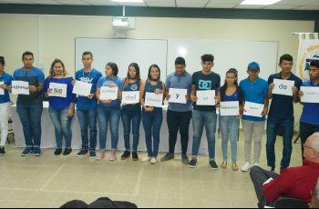 Estudiantes de UTP Veraguas conmemoran día del idioma.