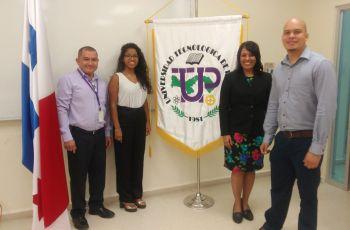 Estudiante María J. Segura I, Asesora y Jurado.