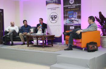 Autores panameños ganadores de premios literarios.