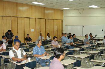 Primera Reunión con docentes del Centro Regional de Bocas del Toro.