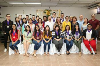 UTP Chiriquí reconoce a estudiantes.