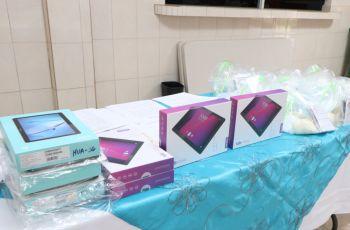 Tablets que se entregaron a estudiantes.