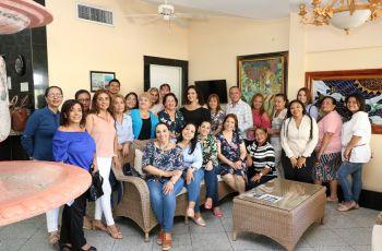 UTP Chiriquí conmemora el Día de la Secretaria y Bibliotecólogo