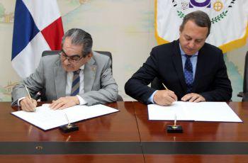 UTP firma convenio Asociación Latinoamericana de Transporte Aéreo