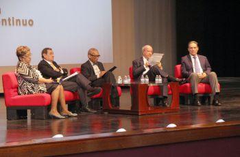 """Comentarios favorables ha tenido la presentación del panel: """"Balboa y Pedrarias, historia de una tragedia""""."""