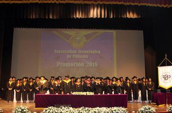 Ceremonia de Graduación Facultad de Ingeniería Industrial
