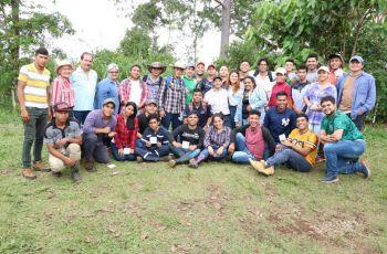 Estudiantes de la UTP Chiriquí participan en actividades de reforestación y reciclaje