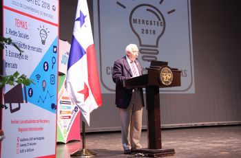 Le correspondió al Ing. Mauro Destro, Vicerrector Administrativo, en representación del Rector de la UTP, Ing. Héctor M. Montemayor A., dar la bienvenida.