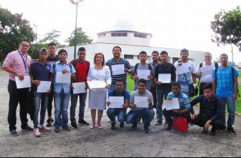 Estudiantes de tercer año de la carrera de Desarrollo de Software
