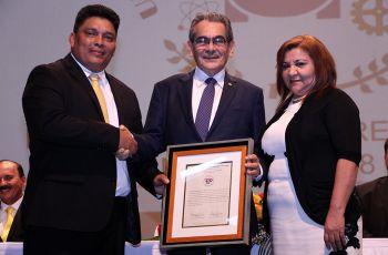 El Ing. Héctor Montemayor recibió las Credenciales como Rector Electo de la UTP para el Periodo 2018-2023.