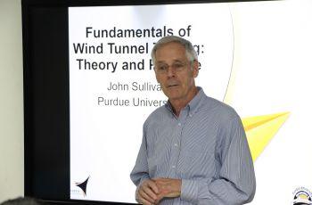 Seminario sobre Experimentación en Túnel de Viento: Teoría y Práctica