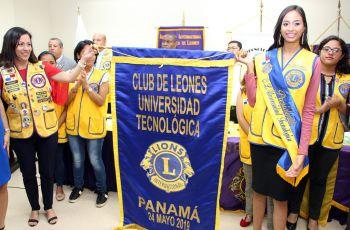 La estudiante Karla Castillero se posesiona como Presidenta del Club de Leones de la UTP.