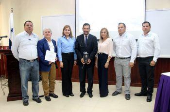 En el marco de un convenio marco de cooperación,  la empresa Aquatec, ofreció ciclo de conferencias a estudiantes, docentes e investigadores de la UTP.
