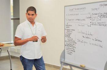 Dr. Vladimir Villareal del Centro Regional de la Universidad Tecnológica de Panamá (UTP) en Chiriquí.