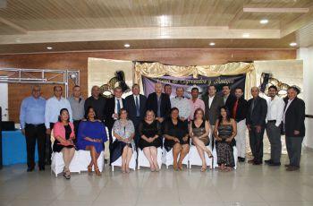 Autoridades Gubernamentales de Coclé y Autoridades de la UTP.